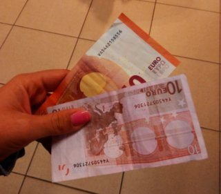 mano-euros